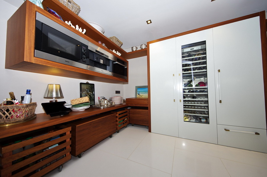 Partial view of kitchen