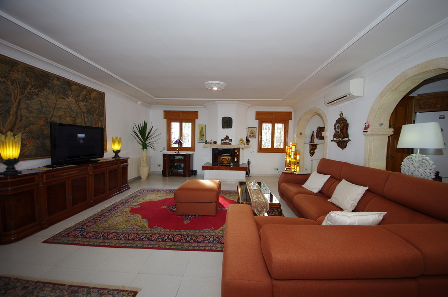780DE: Villa for sale in  - Dénia